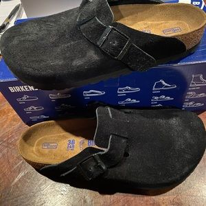 Birkenstock Boston black suede asst new